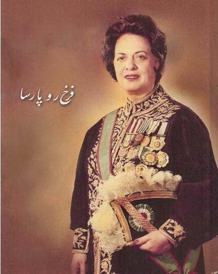 خاطره شیرین عبادی از اولین وزیر زن ایران: یاد آر ز شمع مرده یاد آر