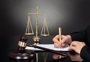 تحمیل وکیل مورد وثوق رئیس قوه قضائیه به متهم، نقض حق دفاع است